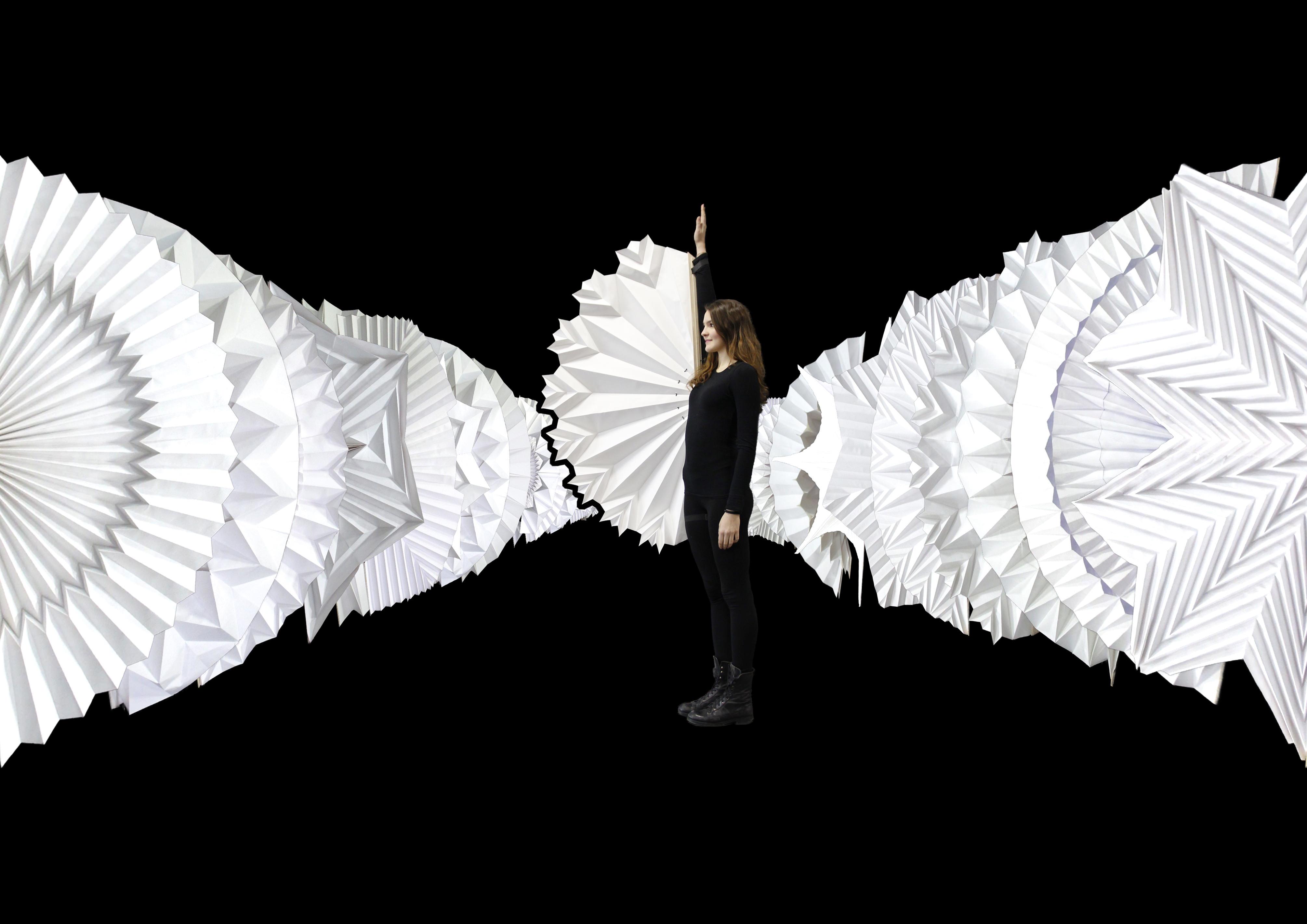 140 modi di piegare e danzare con 2 mq di carta