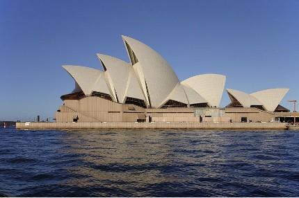 Sydney Opera House imagecredits Matthew Field CC BY-SA 3.0