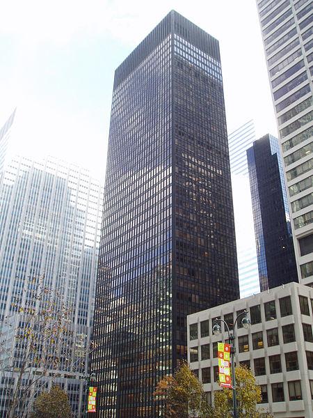 Mies Seagram Building imagecredits stevecadman CC BY-SA 2.0