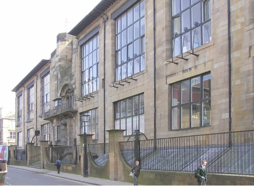 Mackintosh Glasgow School of Art facciata nord imagecredits  Finlay McWalter CC BY-SA 3.0