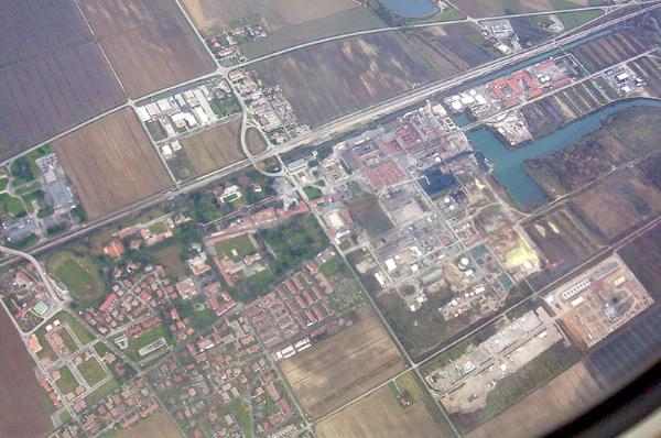 foto aerea di Torviscosa imagecredits Trevirgola CC BY-SA 3.0