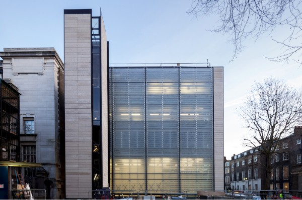 Rogers Stirk Harbour + Partners North facade of WCEC imagecredits Paul Raftery courtesy britishmuseum.org