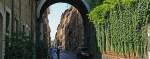 Via Giulia con arco Farnese Roma imagecredits Jensens CC PD