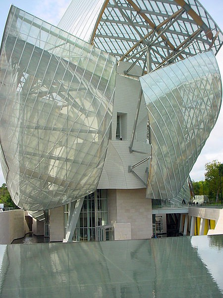 Frank Gehry Fondation Louis Vuitton Parigi imagecredits Valueyou CC BY-SA 3.0