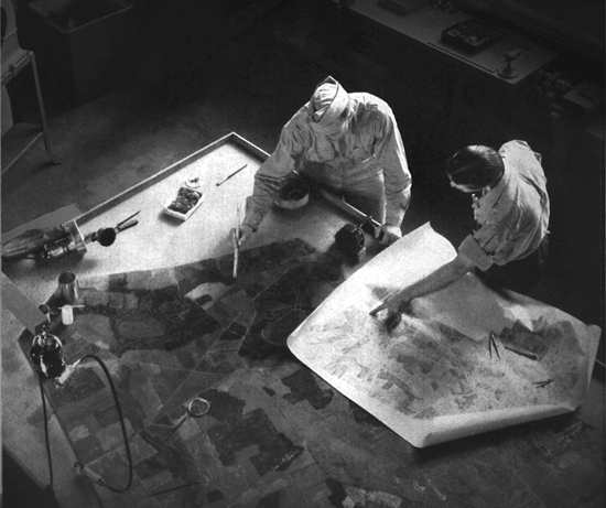 A team of camouflage artists at work at Fort Belvoir, Virginia, illustration in Robert P. Breckenridge, Modern Camouflage The New Science of Protective Concealment, 1942 imagecredits fondazionemaxxi.it