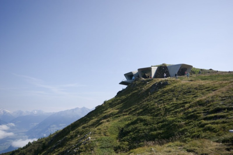 Messner Mountain Museum Corones imagecredits inexhibit.com courtesy zaha-hadid.com