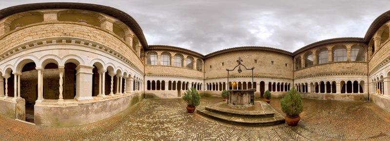 Monastero di Santa Scolastica chiostro Cosmatesco imagecredits subiacoturismo.it