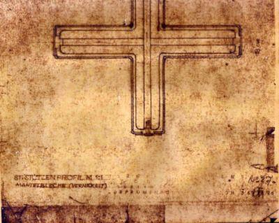 Il-pilastrino-cruciforme-realizzato-a-Barcellona-nel-1929