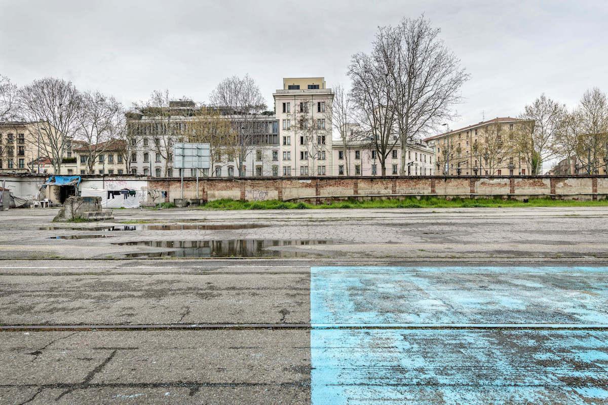 Francesco Radino_Scalo Porta Romana_2018_stampa su carta di cotone_cm 67x100