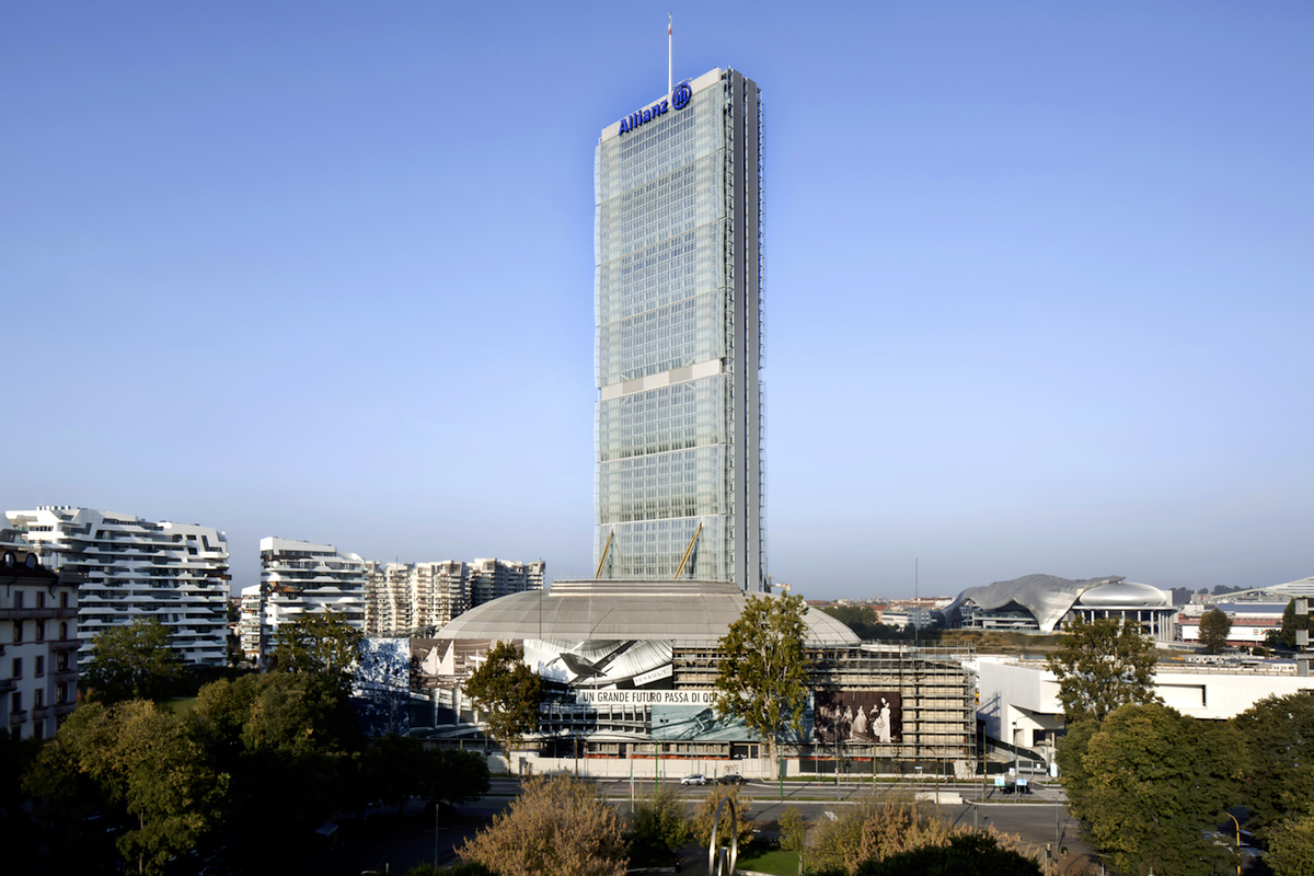 Isozaki Allianz Tower, photo courtesy of Alessandra Chemollo