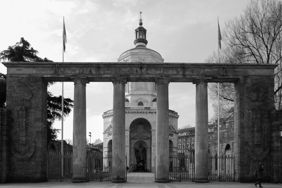 Monumento ai caduti – foto A. Rossi Renier e M. Margione